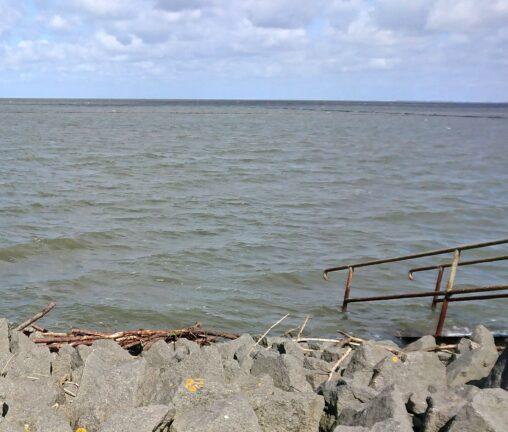 Badestelle Westerkoog bei Hochwasser